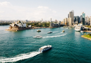Australia migration to stay at last year level